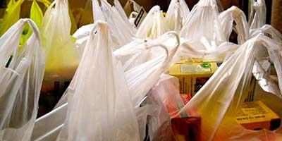 Sacchetti plastica, consentito portarlo da casa solo monouso